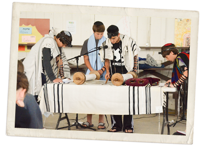 Campers Perform Jewish Service